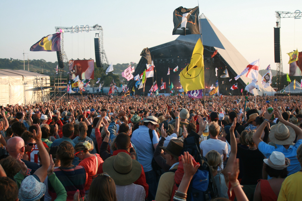 What Is The Best Mobile Phone To Take To Glastonbury Festival?